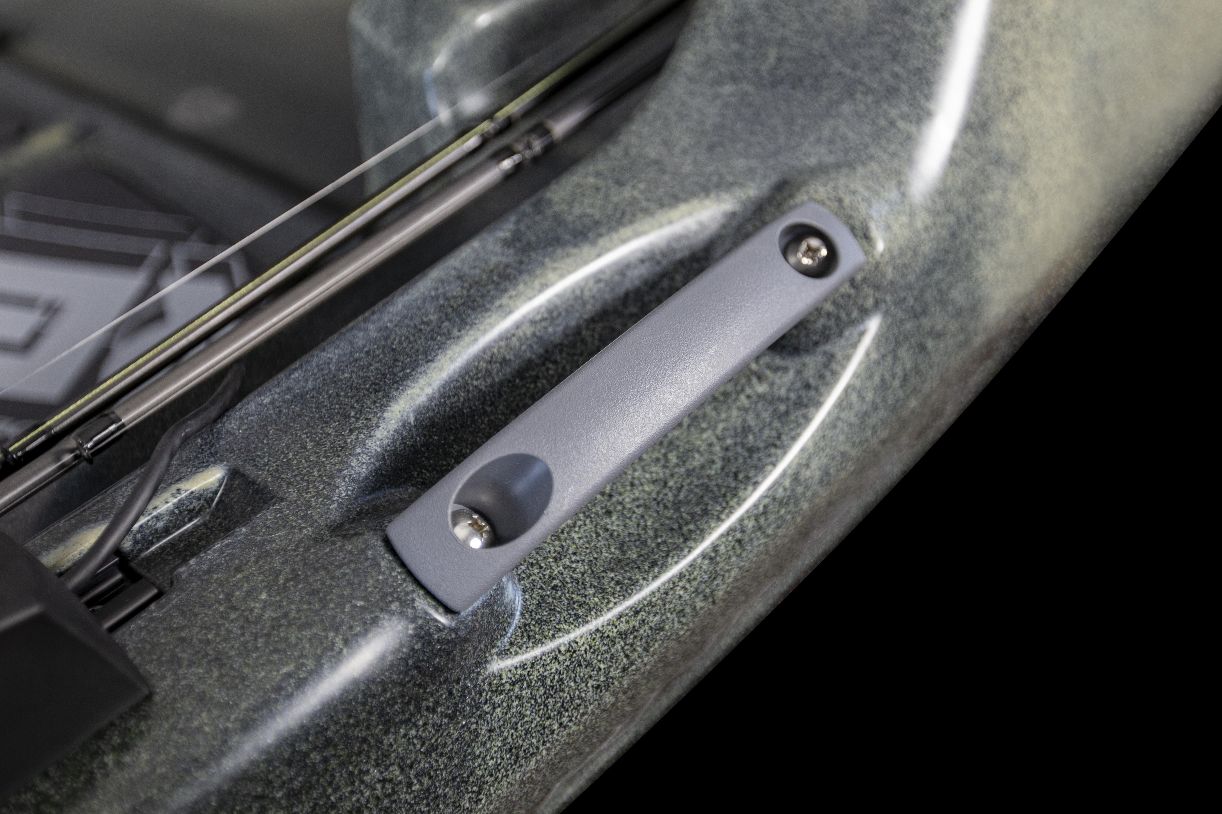 Rigid Side Carry Handle detail