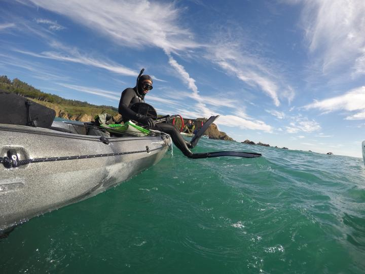 spear fishing kayak